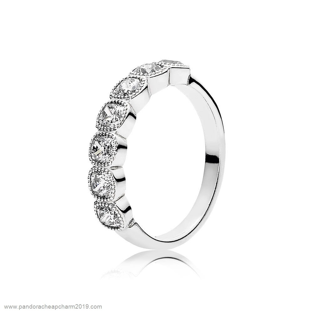 Pandora Specials Pandora Rings Alluring Cushion Ring Clear Cz